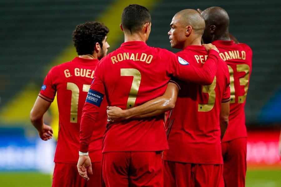 Portugal Bungkam Swedia Bruno Fernandes Dengan Ronaldo Lebih Mudah Cetak Gol Okezone Bola