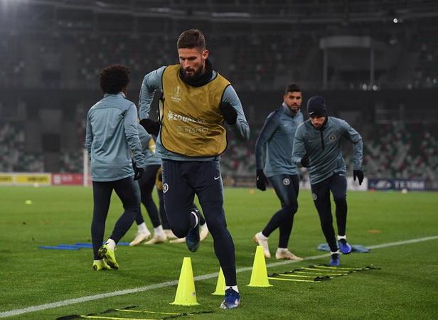 Olivier Giroud Batal ke Juventus?