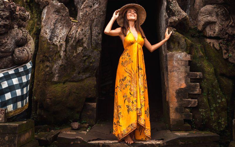 https: img.okezone.com content 2020 09 12 620 2276668 lombok-sabet-penghargaan-wisata-terbaik-asia-coba-jelajahi-gunung-hingga-air-terjun-di-sana-Rp26PvsjxN.jpg