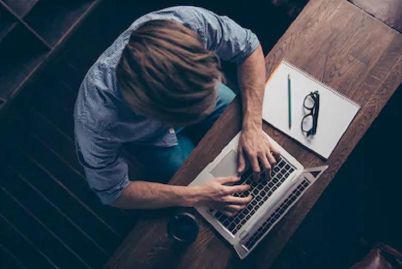 https: img.okezone.com content 2020 09 12 620 2276777 jakarta-psbb-total-ini-fakta-pekerja-kembali-work-from-home-R0DwbCJwFi.jpg