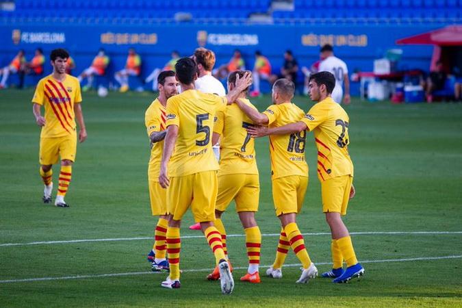 https: img.okezone.com content 2020 09 13 46 2276945 klasemen-liga-spanyol-real-madrid-dan-barcelona-belum-main-VHZtVP8gi8.jpg