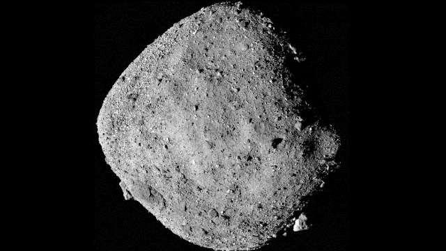 https: img.okezone.com content 2020 09 14 16 2277394 peneliti-akan-mendarat-di-asteroid-bennu-untuk-ungkap-partikel-yang-lepas-kArzK7KaLf.jpg