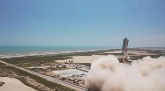 https: img.okezone.com content 2020 09 14 16 2277434 spacex-kembangkan-prototipe-starship-baru-untuk-misi-ke-mars-0Hw8wexM6r.jpg