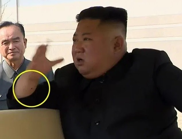 https: img.okezone.com content 2020 09 14 18 2277601 pegawai-kementerian-korut-dieksekusi-setelah-sebut-kim-jong-un-tak-becus-urus-ekonomi-8bhXoTo4b7.jpg