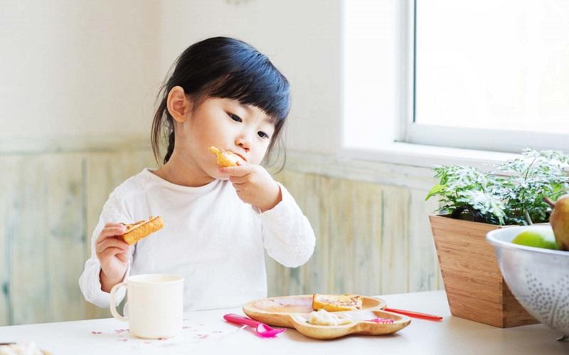 https: img.okezone.com content 2020 09 15 298 2277923 bunda-ini-5-makanan-untuk-tambah-kekebalan-tubuh-anak-XyoTrsXSm7.jpg