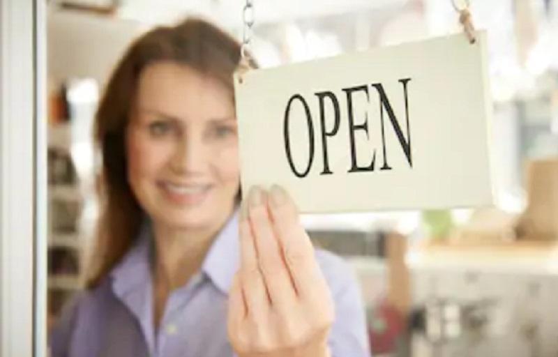 https: img.okezone.com content 2020 09 15 455 2278096 strategi-membuka-bisnis-baru-saat-jakarta-psbb-lagi-fMK7nMJpXl.jpg