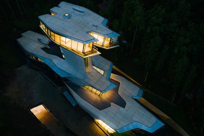 https: img.okezone.com content 2020 09 15 470 2278168 viral-rumah-pesawat-luar-angkasa-rp2-08-triliun-ternyata-di-dalamnya-ada-ini-D96e7WLDfX.jpg