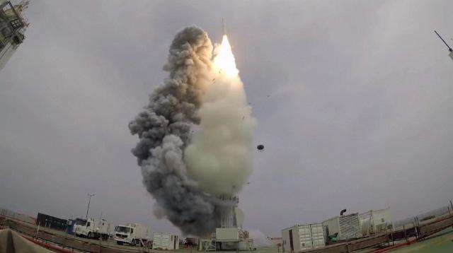 https: img.okezone.com content 2020 09 16 16 2278697 china-luncurkan-9-satelit-observasi-bumi-dari-atas-laut-kuning-LKwdeMZqv1.jpg