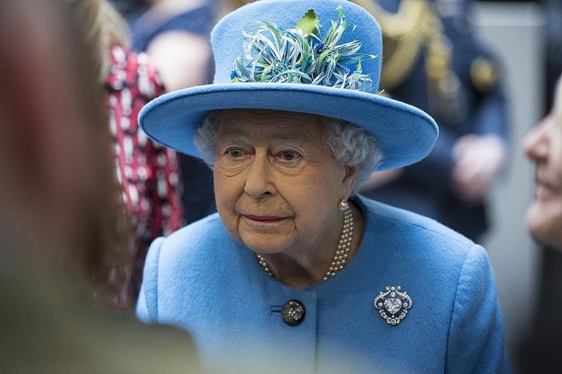 https: img.okezone.com content 2020 09 16 18 2278862 barbados-akan-copot-ratu-inggris-dari-posisi-kepala-negara-beralih-jadi-republik-Gz7MMNEuFU.jpg