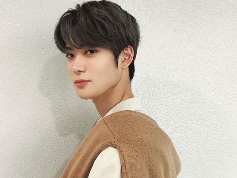 https: img.okezone.com content 2020 09 16 194 2278598 5-pesona-jaehyun-nct-yang-siap-debut-akting-k-drama-jcjWOYoT5J.jpg