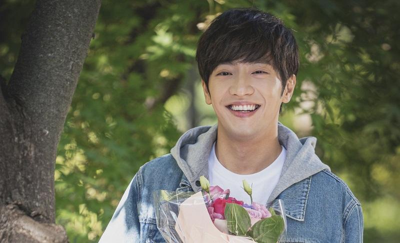 https: img.okezone.com content 2020 09 16 33 2278648 gara-gara-lee-byung-hyun-lee-sang-yeob-jadi-ngebet-nikah-pG5hjQm0zq.jpg
