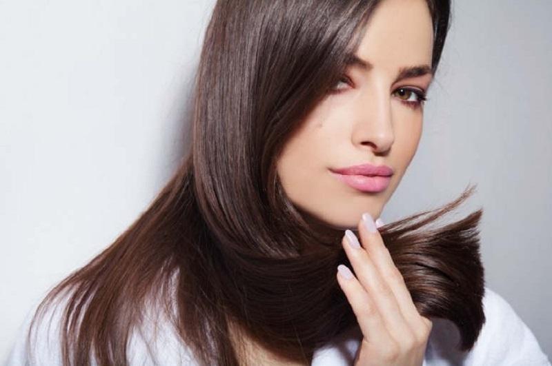 https: img.okezone.com content 2020 09 16 611 2278693 beautypedia-apa-itu-serum-rambut-49Q3TC5vzC.jpg