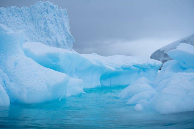 https: img.okezone.com content 2020 09 17 16 2279231 ilmuwan-temukan-kerusakan-parah-2-gletser-utama-di-antartika-myHTJ0a5II.jpg