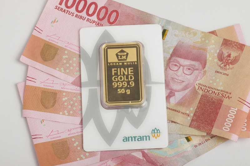 https: img.okezone.com content 2020 09 17 320 2279091 harga-emas-antam-tetap-dijual-rp1-030-000-gram-pZevarpMzm.jpg