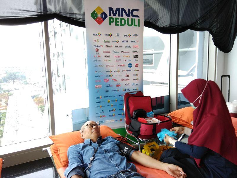 https: img.okezone.com content 2020 09 19 320 2280367 mnc-bank-dukung-penggalangan-donor-darah-di-bogor-jcfkx1Kti3.jpg