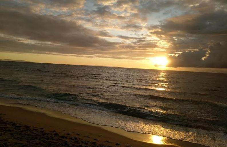 https: img.okezone.com content 2020 09 19 408 2280499 5-pantai-di-lombok-dengan-sejuta-pesona-Yf5rNpApjl.JPG