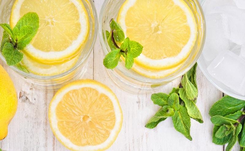 https: img.okezone.com content 2020 09 21 298 2281171 6-manfaat-minum-air-lemon-di-pagi-hari-apa-saja-ckeThKvYfY.jpg