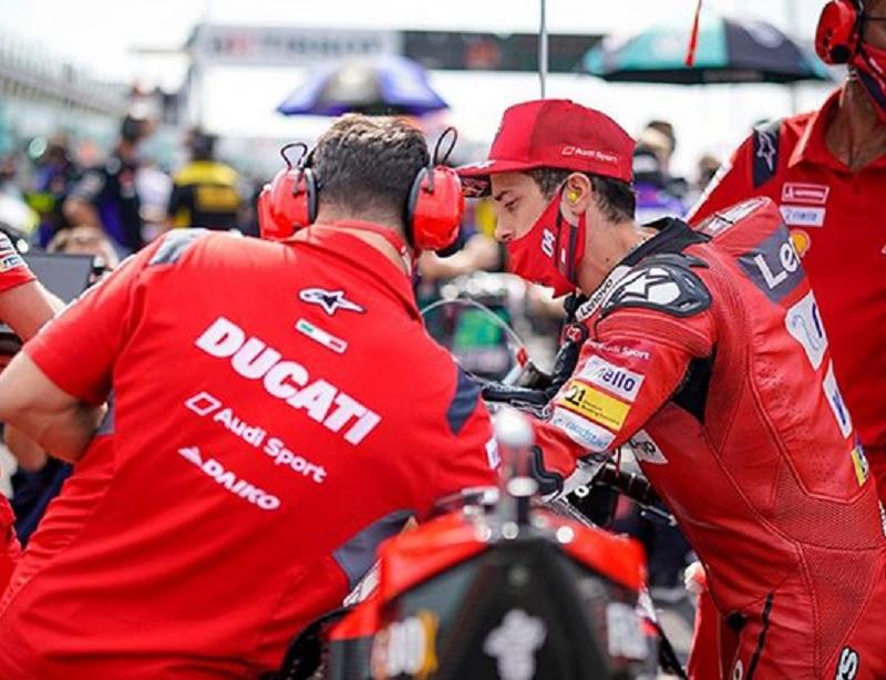 https: img.okezone.com content 2020 09 21 38 2281003 dovizioso-kejuaraan-motogp-2020-lebih-aneh-dari-musim-lalu-O1z6ibR50r.jpg