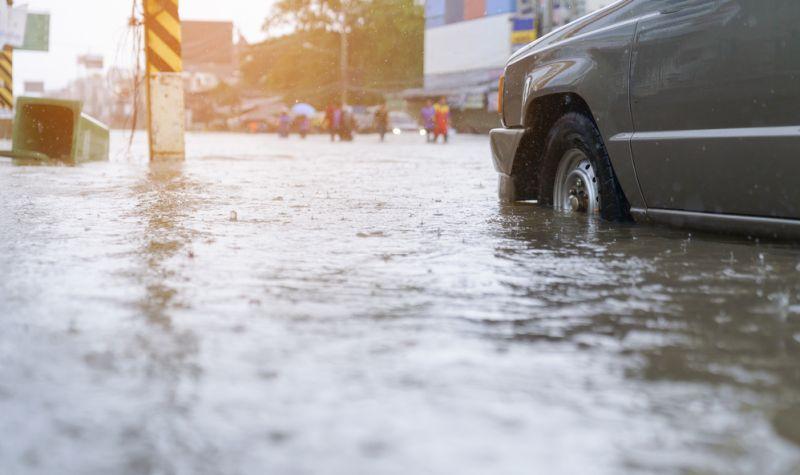 https: img.okezone.com content 2020 09 22 481 2281552 banjir-datang-waspadai-penyakit-penyakit-ini-94blRqQ5dw.jpg