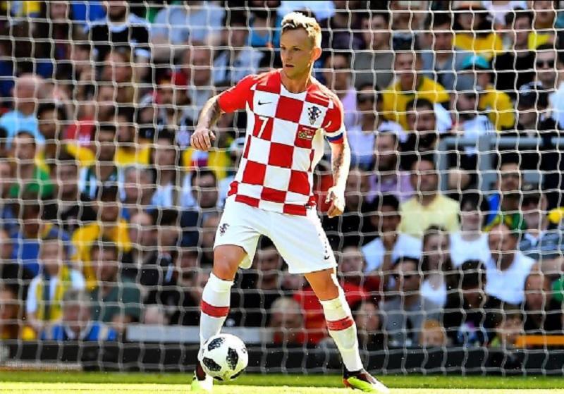 https: img.okezone.com content 2020 09 22 51 2281840 resmi-pensiun-dari-timnas-kroasia-ini-komentar-rakitic-FsLq5KRwdC.jpg