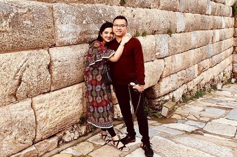 https: img.okezone.com content 2020 09 22 620 2281884 yakin-ashanty-hamil-lagi-saat-honeymoon-di-bali-anang-hermansyah-cospleng-mu0CT56yIc.jpg