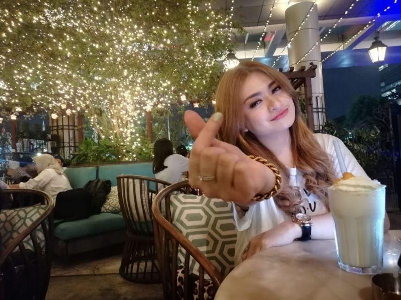 Mualaf, Sule Didesak Netizen Nikahi Nathalie Holscher