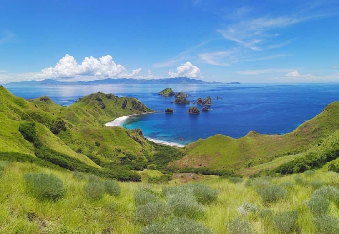 https: img.okezone.com content 2020 09 24 408 2282955 3-tempat-wisata-eksotis-di-bima-pesonannya-mirip-raja-ampat-dan-ubud-Gp0Mrd7c7S.jpg