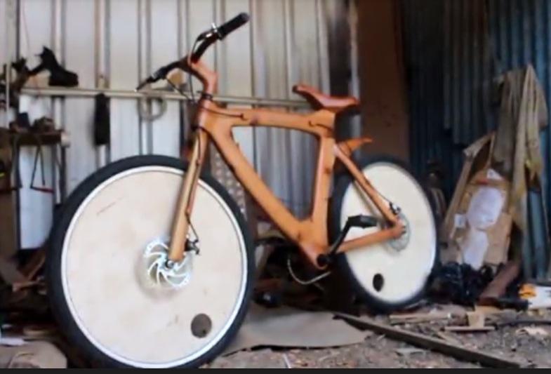 https: img.okezone.com content 2020 09 24 455 2282883 bisnis-sepeda-dari-limbah-kayu-untungnya-enggak-bohong-fyWN1qKwxQ.jpg