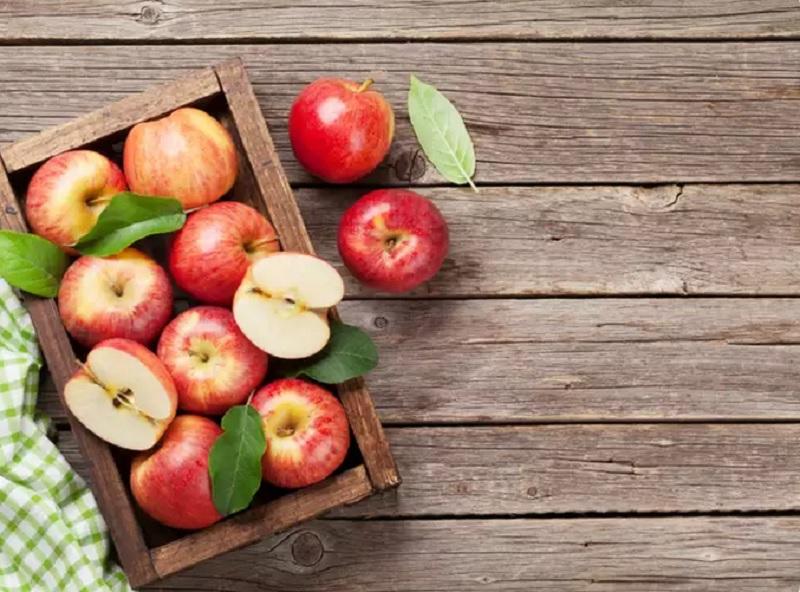 https: img.okezone.com content 2020 09 24 481 2283332 khasiat-kulit-apel-mengandung-serat-hingga-meringankan-masalah-pernapasan-TWXb8dbDwf.jpg