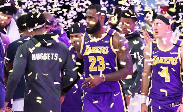 https: img.okezone.com content 2020 09 27 36 2284632 komentar-lebron-james-usai-bawa-la-lakers-ke-final-nba-2020-IpdfyUBuf9.jpg