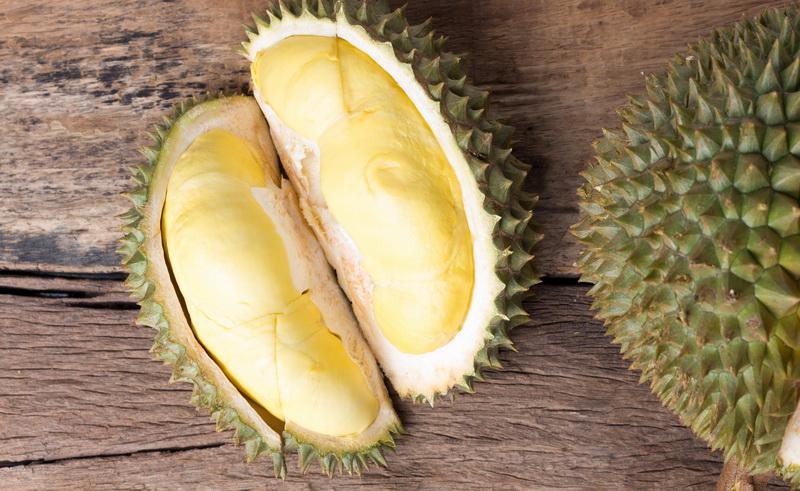https: img.okezone.com content 2020 09 28 298 2285205 bisa-bikin-serangan-jantung-berapa-banyak-makan-durian-yang-aman-hDybvm1y1w.jpg