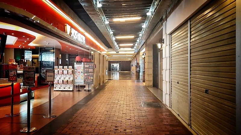 https: img.okezone.com content 2020 09 28 320 2285074 begini-penampakan-restoran-yang-suram-dan-sepi-di-mal-pusat-jakarta-1WpfUNXXIm.jpg