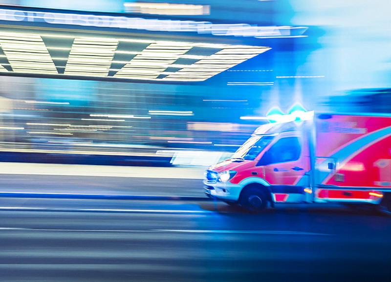 https: img.okezone.com content 2020 09 28 338 2285073 viral-oknum-pns-halangi-ambulans-di-bogor-ini-identitasnya-GUpIRERngG.jpg