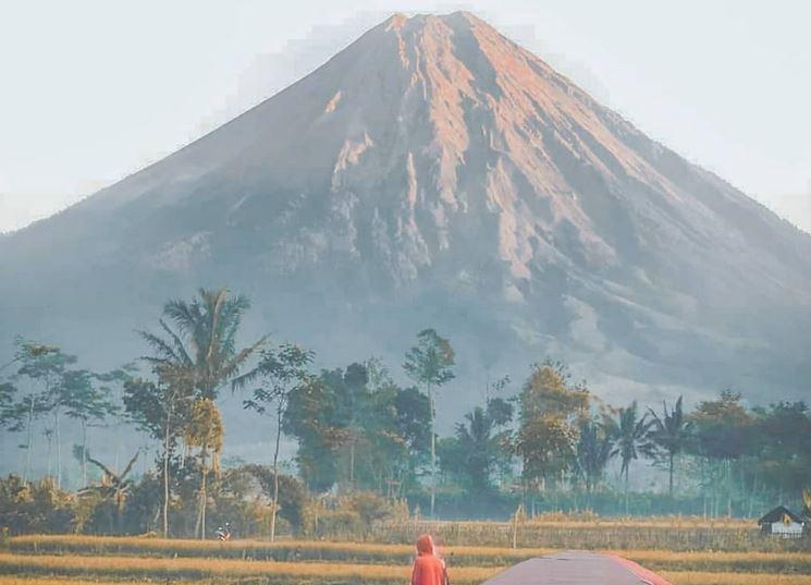 https: img.okezone.com content 2020 09 28 406 2284830 pendakian-gunung-semeru-kembali-dibuka-1-oktober-2020-yoTzBRNFXf.JPG