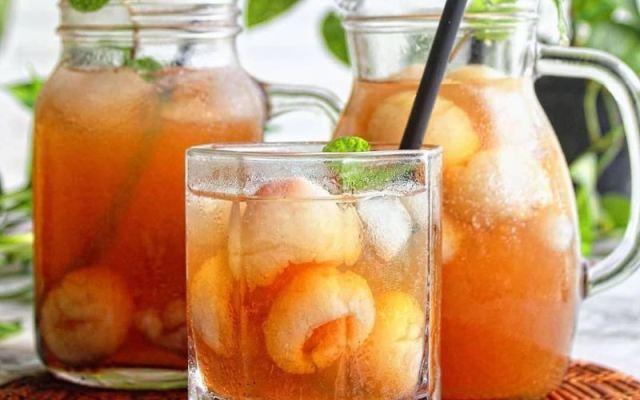 https: img.okezone.com content 2020 09 29 298 2285855 ini-minuman-buah-segar-yang-cocok-saat-cuaca-panas-mudah-buatnya-rUqi1NqLAY.jpg