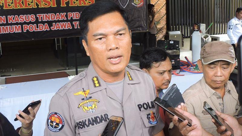 https: img.okezone.com content 2020 09 29 512 2285578 gelar-dangdutan-wakil-ketua-dprd-tegal-terancam-1-tahun-penjara-W6SkLUevo0.jpg