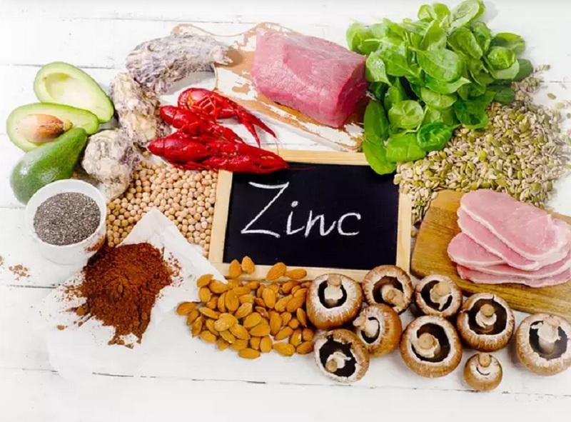 https: img.okezone.com content 2020 09 30 481 2286029 nutrisi-zinc-bisa-bantu-pasien-covid-19-cepat-pulih-benarkah-a6de7e5HS6.jpg