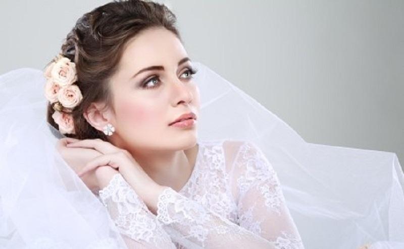 https: img.okezone.com content 2020 09 30 611 2286286 5-tips-kecantikan-bagi-setiap-calon-pengantin-yang-perlu-dicoba-DjMclZkImo.jpg