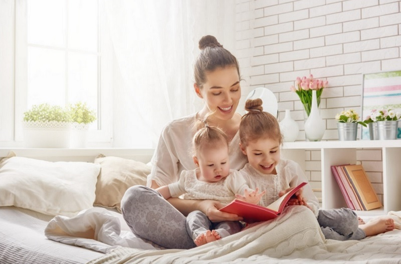 https: img.okezone.com content 2020 09 30 612 2286174 orangtua-jangan-nasihati-anak-setelah-bacakan-buku-cerita-ini-alasannya-nsnEJkdLTh.jpg