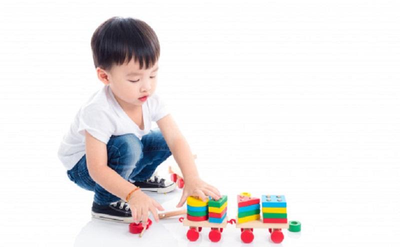 https: img.okezone.com content 2020 09 30 612 2286232 ini-tips-atasi-kebosanan-anak-di-rumah-saat-pandemi-fqVEJheo9H.jpg