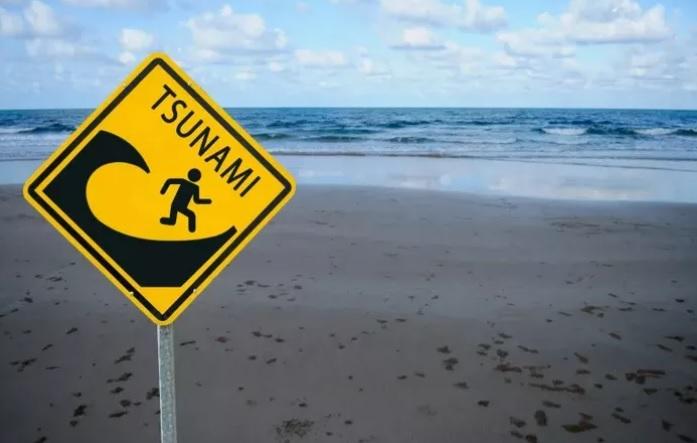 https: img.okezone.com content 2020 09 30 620 2286321 riset-potensi-gempa-dan-tsunami-20-meter-bukan-untuk-menakuti-masyarakat-6abjkhe11d.jpg