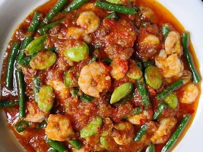 https: img.okezone.com content 2020 10 01 298 2286944 resep-sambal-udang-petai-lezatnya-bikin-ketagihan-G0ZJswffEj.jpg