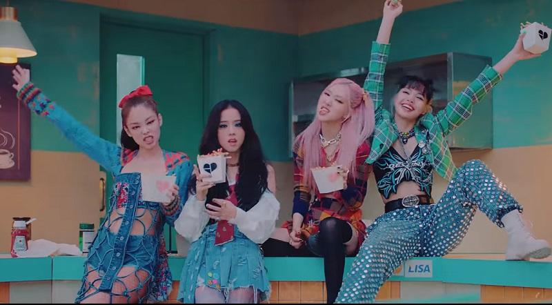 https: img.okezone.com content 2020 10 02 205 2287287 resmi-comeback-blackpink-rilis-mv-lovesick-girls-JgP7HtUYnX.jpg