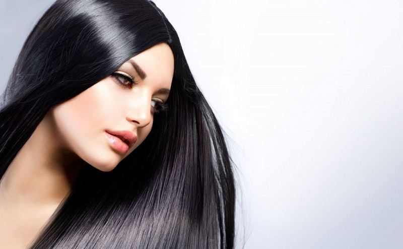 https: img.okezone.com content 2020 10 02 611 2287440 tips-mencegah-rambut-rontok-saat-pergantian-musim-CKZGD9SPFC.jpg