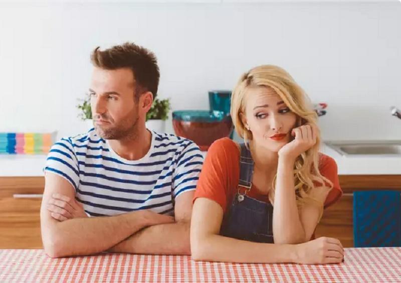 https: img.okezone.com content 2020 10 02 612 2287630 5-tanda-hubungan-suami-dan-istri-tidak-sehat-butuh-konseling-pernikahan-nfI976p3hT.jpg
