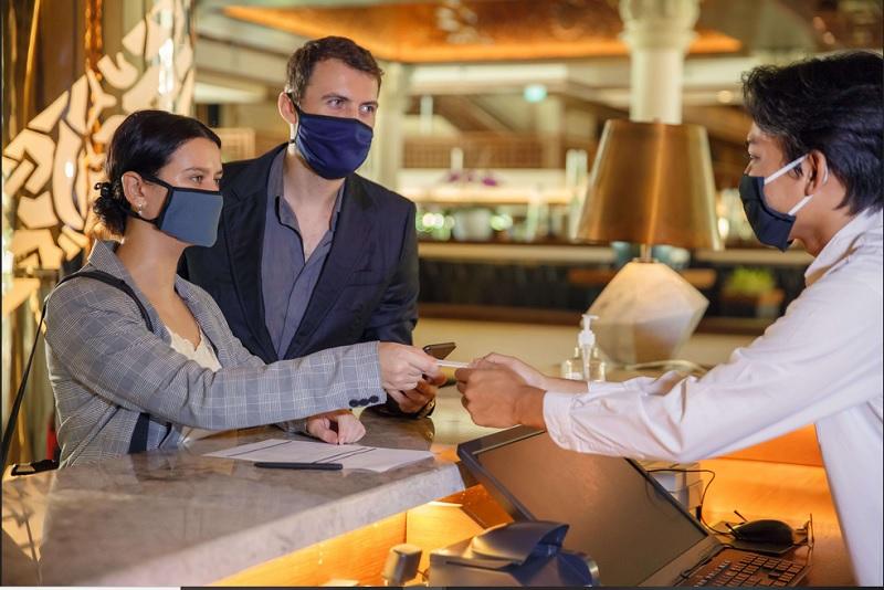 https: img.okezone.com content 2020 10 03 406 2287778 4-hal-penting-perlu-diperhatikan-sebelum-check-in-hotel-di-masa-pandemi-covid-19-xnlq0RYao6.jpg