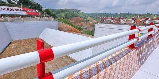 https: img.okezone.com content 2020 10 03 470 2287845 daftar-4-proyek-infrastruktur-bermotif-batik-4xko33ragv.png