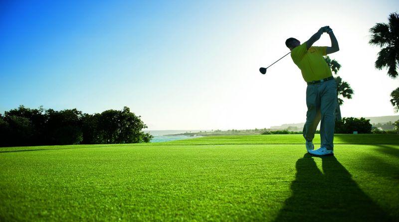 https: img.okezone.com content 2020 10 03 620 2287835 kemenparekraf-bangkitkan-kembali-wisata-golf-di-tengah-covid-19-s9Z3G6YSQN.jpg