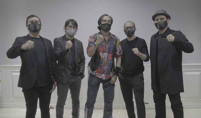 https: img.okezone.com content 2020 10 04 205 2288349 lewat-lagu-padi-reborn-ingatkan-pentingnya-gunakan-masker-di-tengah-pandemi-0YeQFXzQPv.JPG