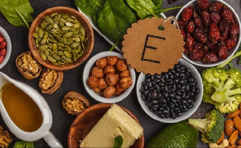 https: img.okezone.com content 2020 10 04 611 2288125 apa-saja-manfaat-vitamin-e-bagi-kecantikan-kulit-Ed8b8gpWgt.jpg